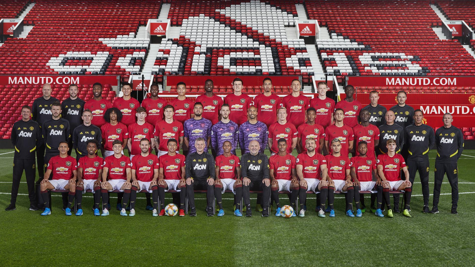 Футбольный Клуб Манчестер Юнайтед, состав команды